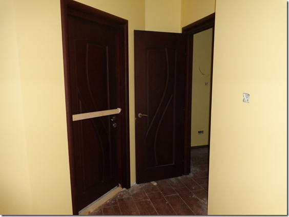 Bathroom door & inner entrance door